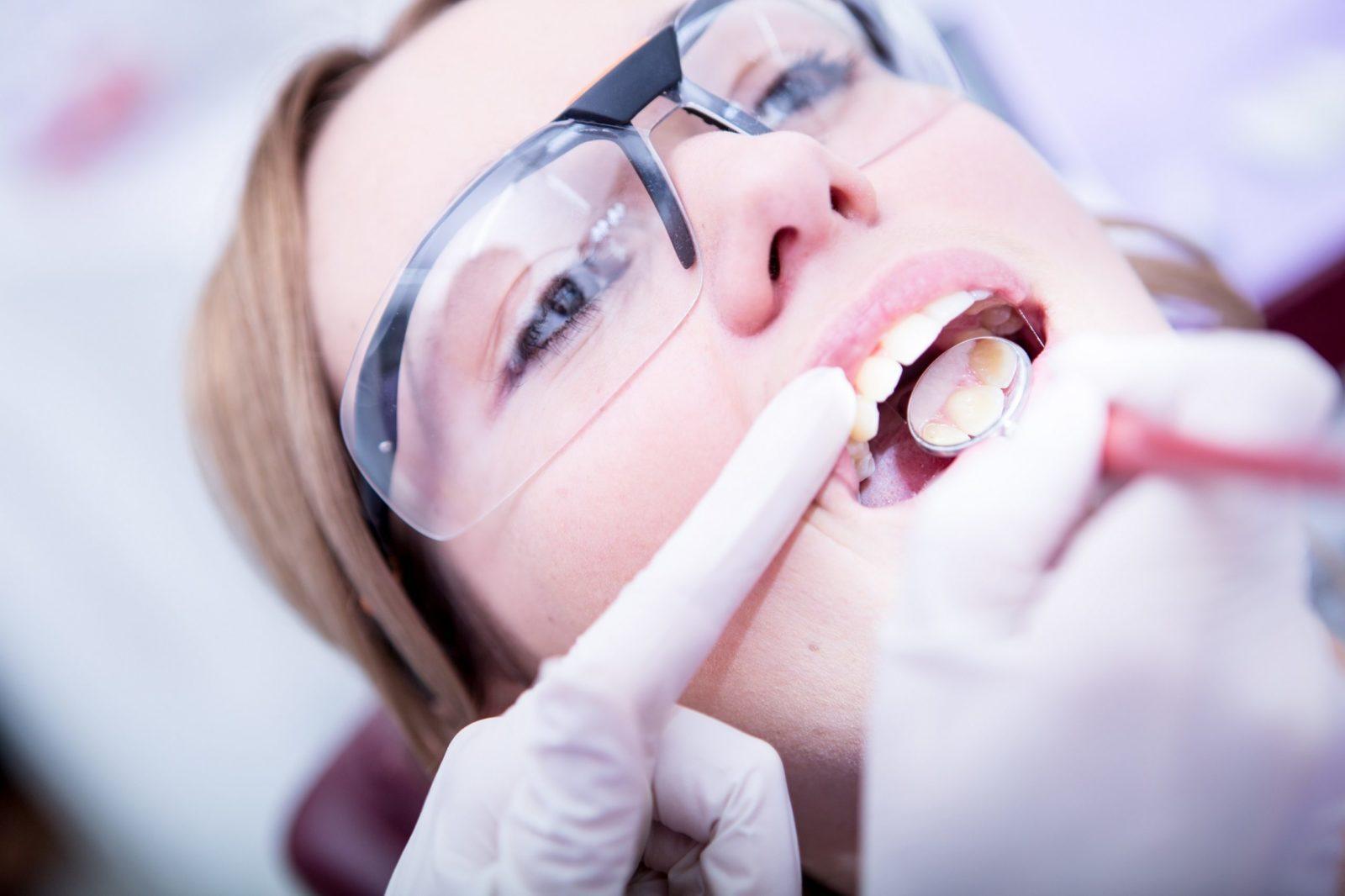 Зубная коронка не отличается от зуба