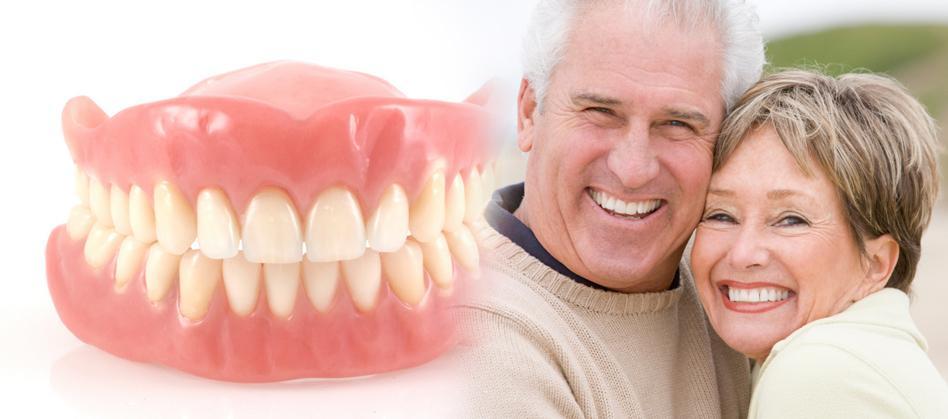 Счастливые пациенты после протезирования
